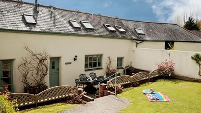 Photo for Cosy 3 Bedroom Holiday Cottage in South Devon
