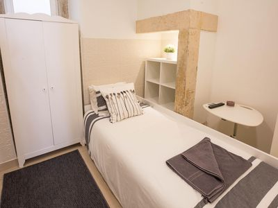 Photo for Mouros Cozy Studio IV apartment in Bairro Alto with WiFi & air conditioning.