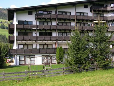 Photo for Ski in, ski out location in vibrant skiing area with views across the piste!