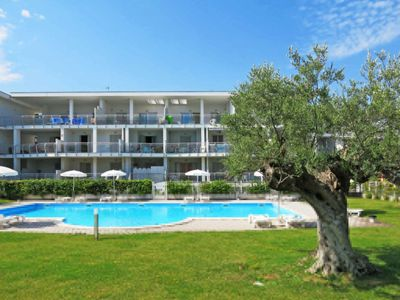 Photo for Apartment Medresort (PIT160) in Pineto - 4 persons, 1 bedrooms