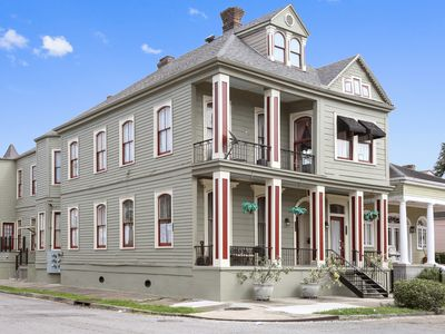 Photo for Authentic New Orleans Charm in 1860s mansion with Fantastic Location!