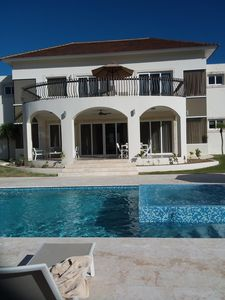 Photo for 7 Bedroom Villa w/ Private Pool - Less Than $140.00 per person per week