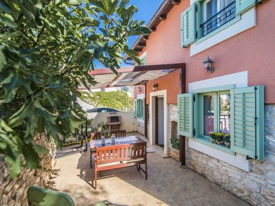 Photo for Comfortable holiday house Gianni for up to 5 persons