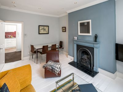 Photo for Victorian house 2 bed/2 bath next to Barbican Tube