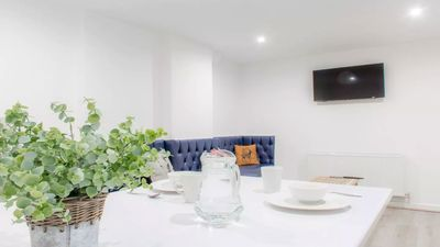 Photo for Luxury L1 Apt - Sleeps 13! Perfect for nightlife