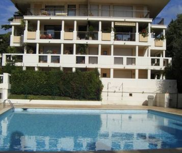 Photo for Large luxury studio Cannes center with private parking & pool