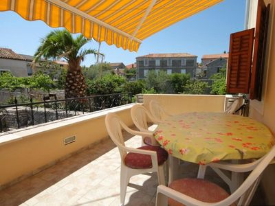 Photo for Two bedroom apartment with terrace Osor (Lošinj)