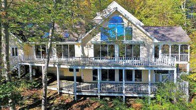Photo for Luxurious, Elegant 4 Acre Berkshire/Pioneer Valley Retreat with Pool
