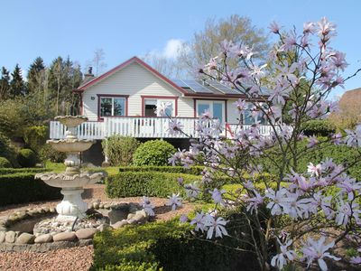 Photo for Pleasant holiday home with large garden and lots of privacy, near the Slotermeer