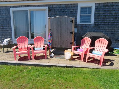 Photo for On the beach-A/C units-WiFi-Walk to town!-Welcome to Starfish Beach Cottage