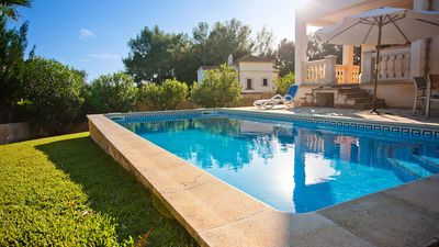 Photo for Beautiful villa with garden and private pool - idyllic location!