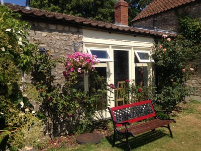 Photo for Ryedale Cottage Sleeps 4 (2 Bedrooms), single storey with traditional features