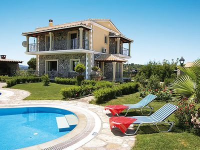Photo for 3 bedroom countryside villa, games console, private pool, A/C & Wi-Fi