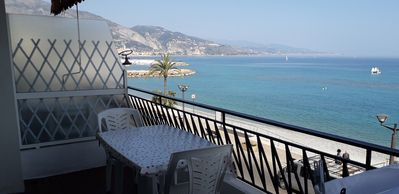 Photo for Beautiful 40m² + 10m² terrace with sea view