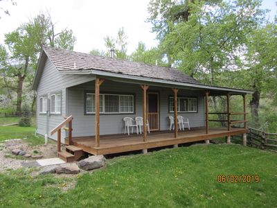 Photo for Cozy Cabin in Wapiti Valley