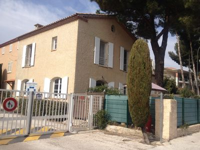 Photo for Villa 5 rooms 90m2 any comfort with garden on the port 300m from the beach