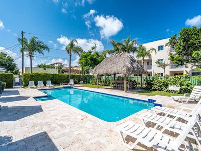 Photo for 3/3 For 8, Duplex, Huge Pool, Monthly Specials