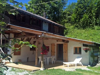 Photo for Small charming T3 for 4 people - Terrace sheltered in RdJ of chalet - South slope, 100m from a ski bus stop