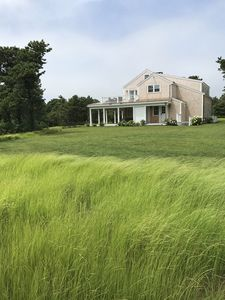 Nantucket Party Pad near Cisco Brewers- 7 bedrooms, 6.5 bathrooms, Pool, Spa, AC