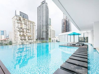 Photo for THE BEST DEAL with 1BR Apt near BTS Phayathai/Siam