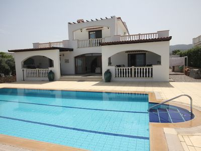 Photo for Villa Gia Stunning Villa With Private Pool And Sea Views