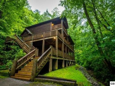 """Photo for """"Private Creek Cabin""""  Easy Access - Great Location"""