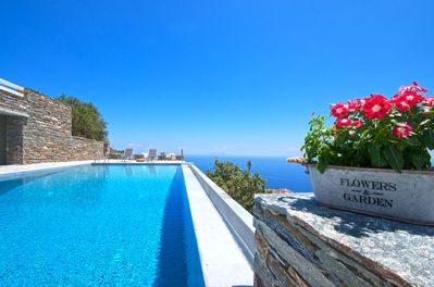 Villa Helios -spacious villa with infinity swimming pool - Kea