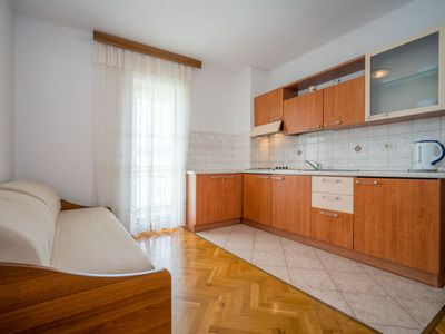 Photo for Apartment Fuma in Crikvenica/Jadranovo - 4 persons, 1 bedrooms