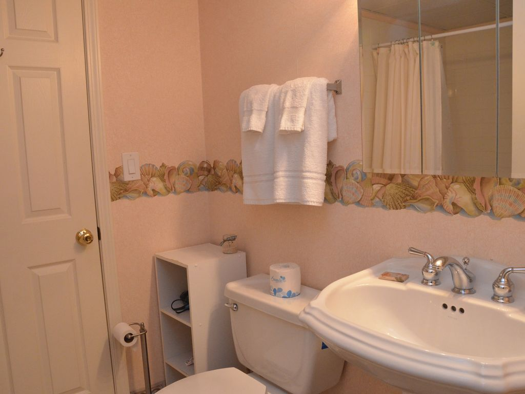 Large And Lovely 3 Bedroom Suite Waiting For Your Arrival