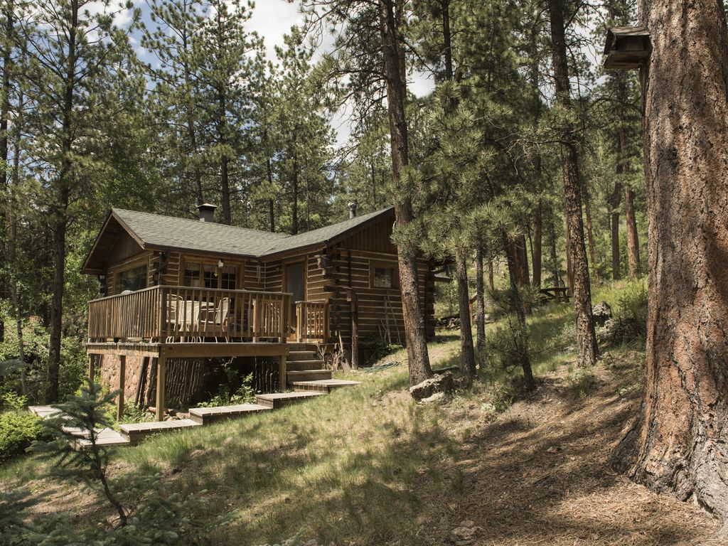 Listen to the river from your private cozy vrbo for Glen haven co cabin rentals