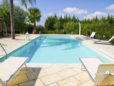 Photo for Roomy Villa with Large Garden, Pool
