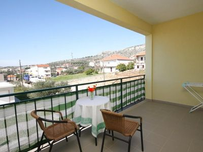Photo for One bedroom apartment with terrace and sea view Seget Vranjica (Trogir)