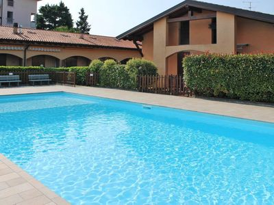 Photo for One bedroom Apartment, sleeps 4 in Peschiera del Garda with Air Con