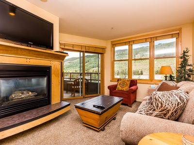 Photo for River Run Condo, King Bed, Mountain Views, Walk to Gondola, Free WIFI