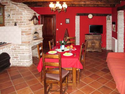 Photo for Apartment Lea (PZN305) in Pazin - 4 persons, 1 bedrooms