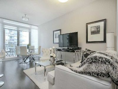 Photo for Stylish Lakeview Condo in Upscale Building