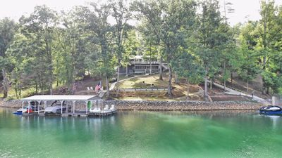 Photo for Lakefront, 200' on Norris. Spectacular Views/Dock/Private Cove. Gentle Slope.
