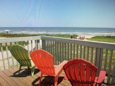 The Driftwood Bungalow Everyday  Beachfront is a perfect Day!
