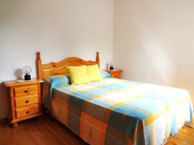Photo for Economic apartment 4/5 PERS: 2 bedrooms near Spain with garage and garden