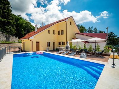 Photo for This 5-bedroom villa for up to 12 guests is located in Kvarner Bay and has a private swimming pool a
