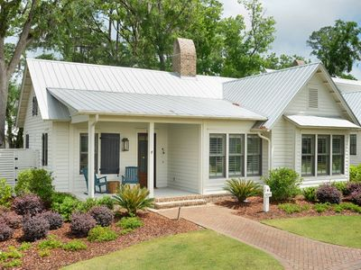 Photo for Montage|Outdoor Fireplace & Screened Porch w/ TV|Palmetto Bluff| FULL AMENITIES
