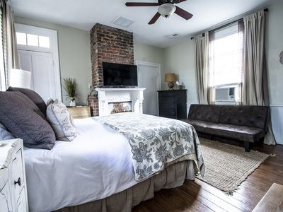 Photo for Gorgeous Downtown Suite with Queen Bed & Futon Walk to Dining and Shopping