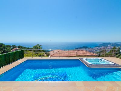 Photo for Club Villamar - Fantastic villa for the entire family with private pool and stone barbecue, in pe...