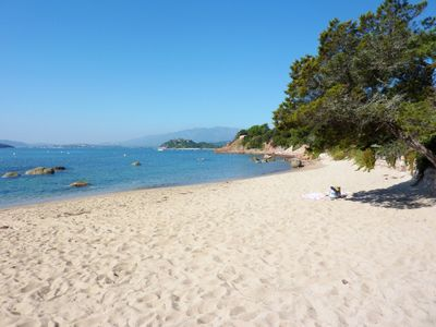 Photo for 8kms Porto Vecchio Villa 6 pers. 2 minutes walk from the beach with 1000m2 garden