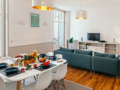 Photo for Very nice apartment, hyper-center of Biarritz. 116m2, 3 bedrooms, sleeps 7