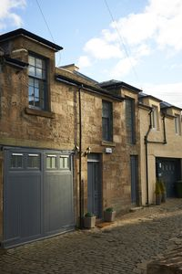 Photo for Lovely spacious 2 bedroom Mews Cottage, Glasgow