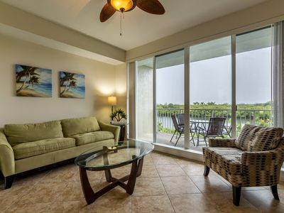 Photo for Location! Location! View from both sides! 3 minute walk to beach U-621