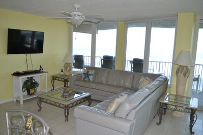 Large leather sofa with a great view and smart TV including cable with HBO.
