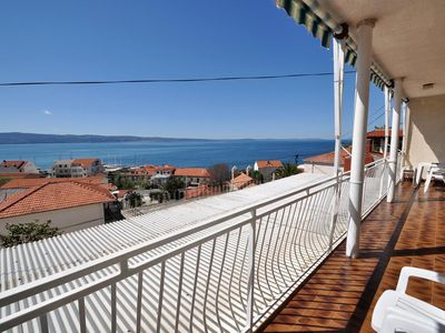 Photo for Three bedroom apartment with balcony and sea view Sumpetar, Omiš (A-950-a)