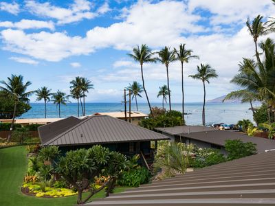 Photo for Modern Oceanview Penthouse Town Home Steps to the Beach, with Pool and BBQ